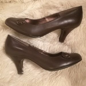 SOFFT Dark Brown Heel Pumps Size 8.5